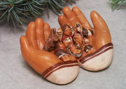 "Nativity ""los manos"" The Hands  Ceramic  Peru"