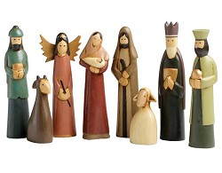 Indonesia - Hand carved 8 piece nativity, tallest piece 7 inches